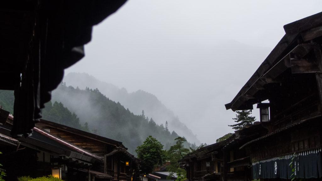古い宿場町の街並みが保存された美しい妻籠宿 - -長野県南木曽町- -