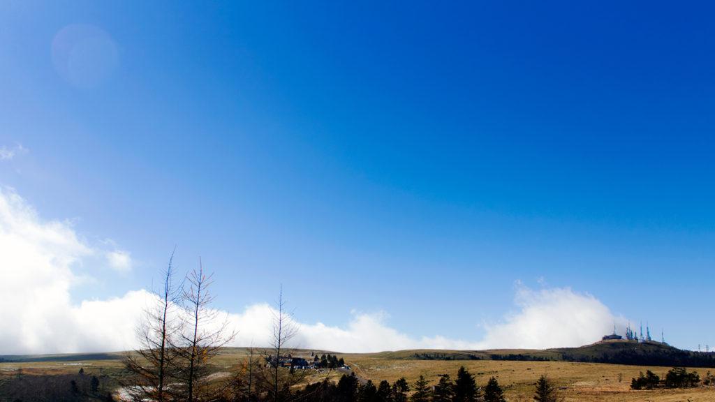 雲と同じ高さにある広々とした高原:美ヶ原 - -長野県松本市周辺- -