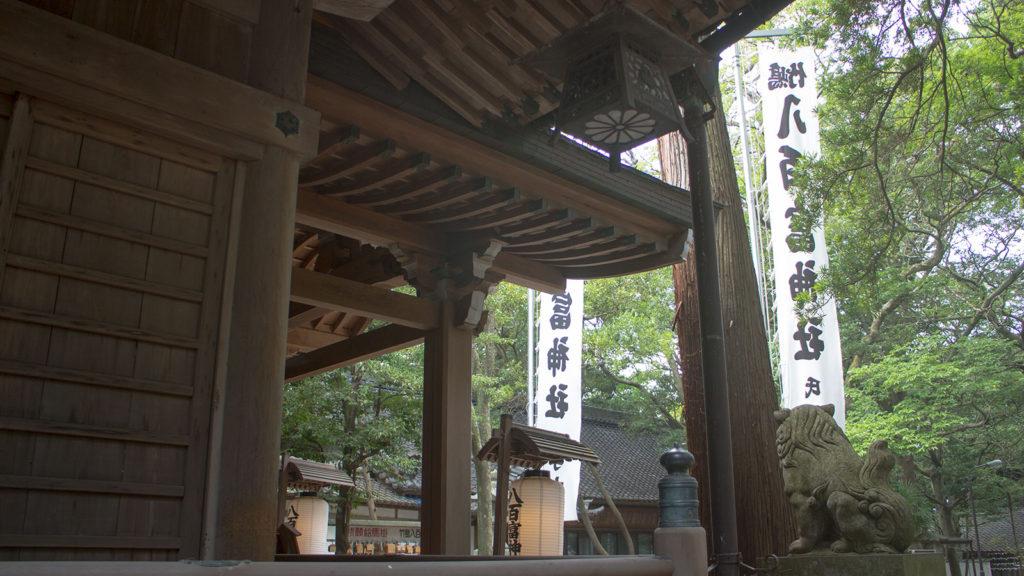 三河湾に浮かぶ竹島にある八百富神社は縁結びの神様として信仰される - -愛知県蒲郡市:竹島- -