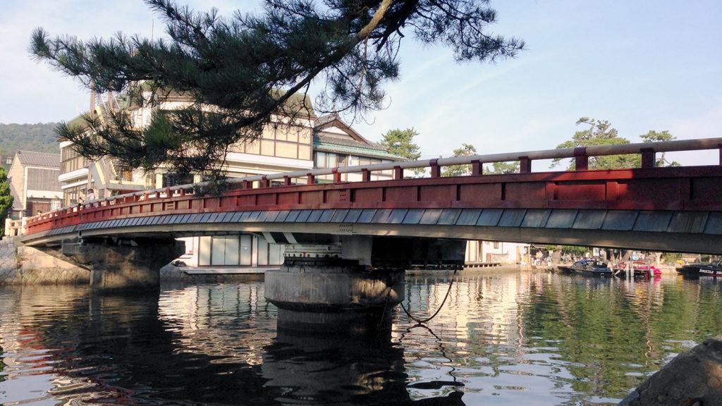 天橋立と陸地を結ぶ廻旋橋は珍しい被写体としてもおすすめ - -京都府にある観光、撮影スポット- -