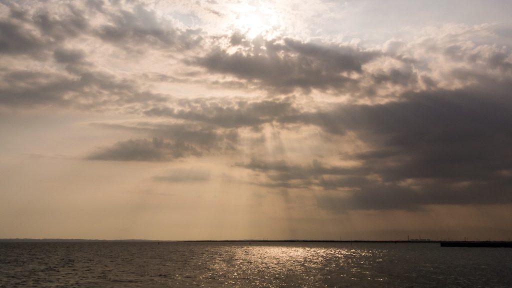 吉良ワイキキビーチ:恵比寿海岸の裏には夕陽スポットも - -愛知県西尾市にある観光、撮影スポット- -