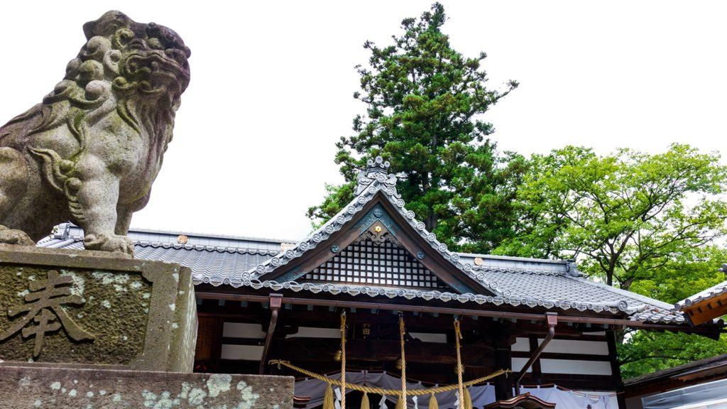 難攻不落の城にあやかった不落守りが受験生に人気の真田神社は上田城本丸に鎮座する  - - 長野県の観光、撮影スポット- -