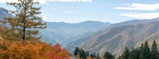 秋の紅葉はまさに絶景:パワースポット三峰神社(埼玉県秩父市の観光、撮影スポット)